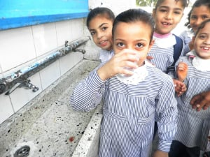 how the water crisis affects life in gaza