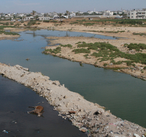 special report on gaza's water crisis, polluted water
