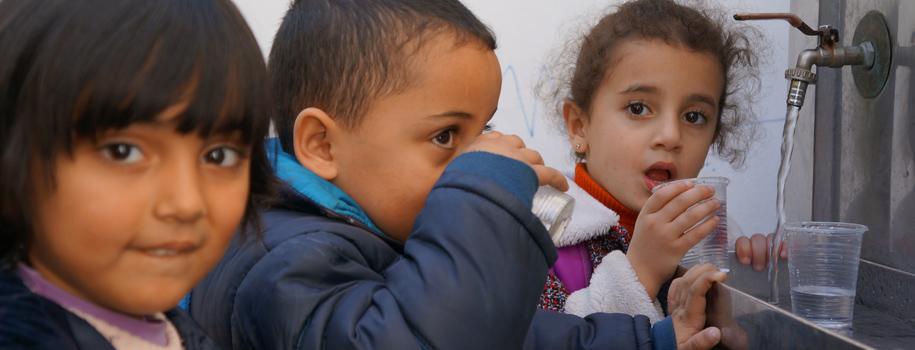 أسباب نفاذ المياه العذبة في غزة