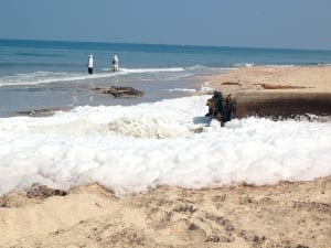 Untreated sewage from Gaza flows directly into the Mediterranean Sea. Photo: Ahmed Abu Hamda, Creative Commons BY-NC.