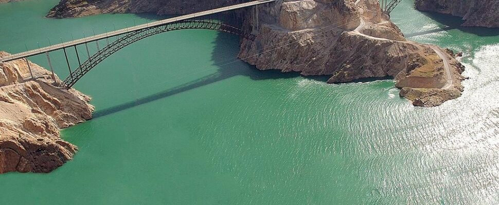 Karun 3 dam bridge water resources in Iran