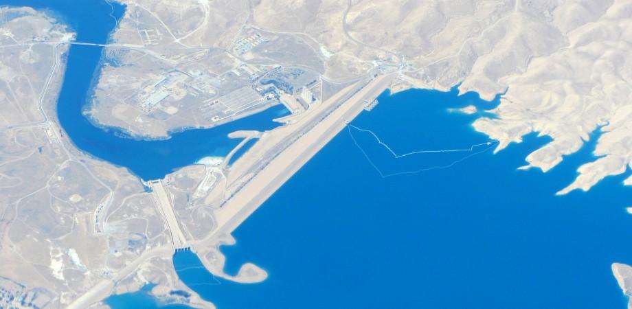 الصورة رقم (1): سد الموصل على نهر دجلة. ( المصدر : رحمن أبو بكر)
