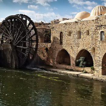 الصورة 2: نهر العاصي ، حماة ، سوريا. (المصدر: José Mª, Flickr)